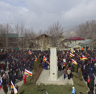 Митингующие в Цхинвале призвали беречь стабильность