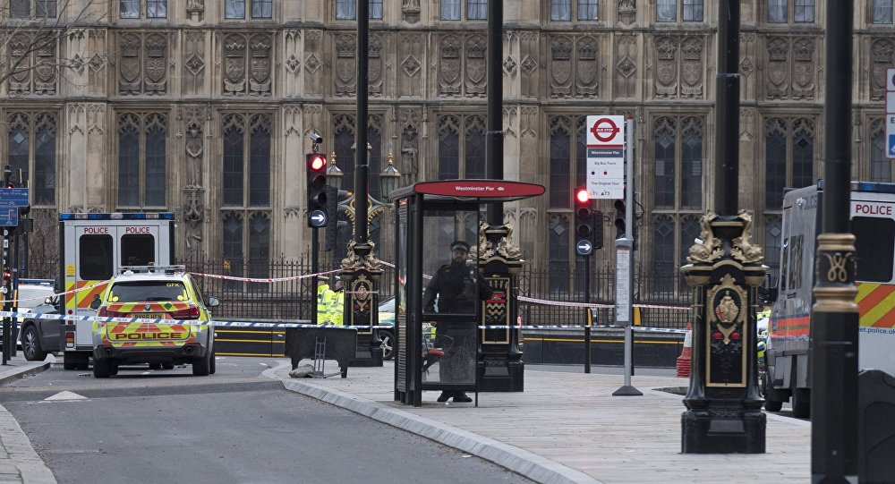 В итоге теракта встолице Англии пострадали трое французских школьников