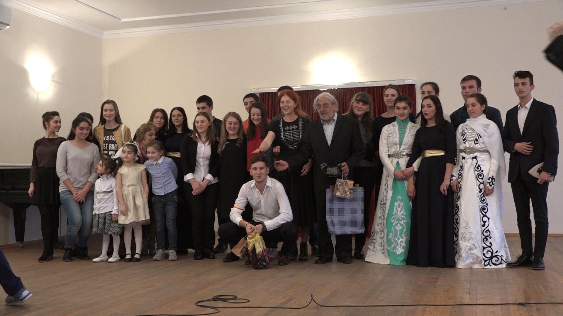 Сербский музыкальный коллектив в Южной Осетии