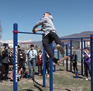 В Цхинвале открывали спортивную площадку WorkOut