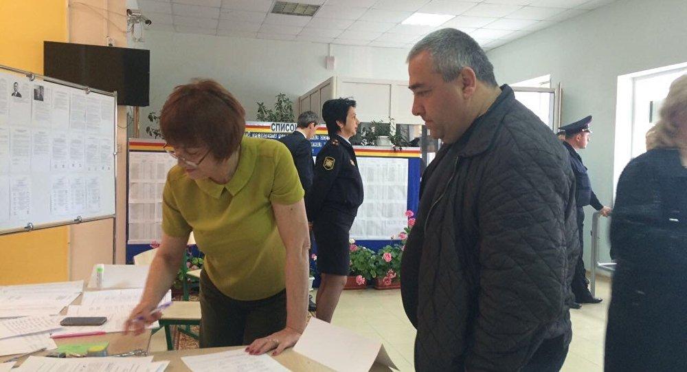 ВЮжной Осетии началось голосование напрезидентских выборах