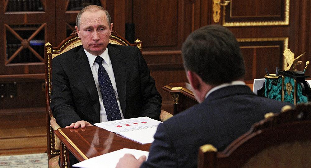 Рабочая встреча президента РФ В. Путина с губернатором Свердловской области Е. Куйвашевым