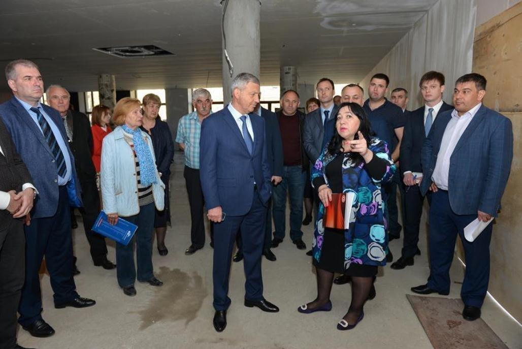 Глава Северной Осетии Вячеслав Битаров в Национальном музее