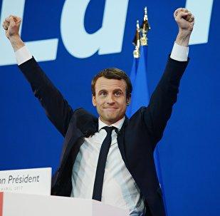 Кандидат в президенты Франции Эммануэль Макрон