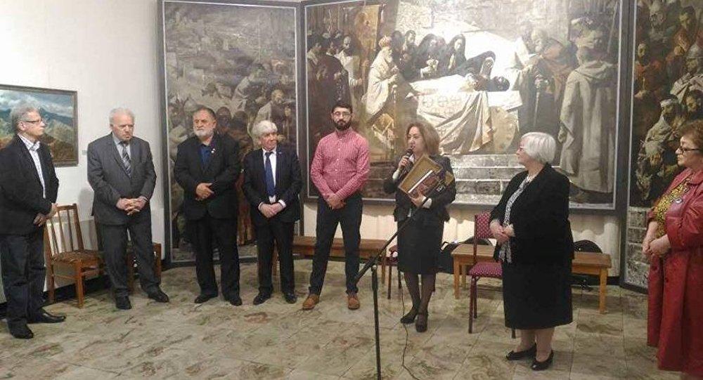 Открытие выставки Вадима Каджаева во Владикавказе
