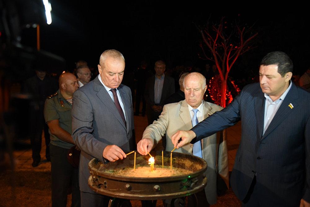 Памятные мероприятия на 7 годовщину войны 0808
