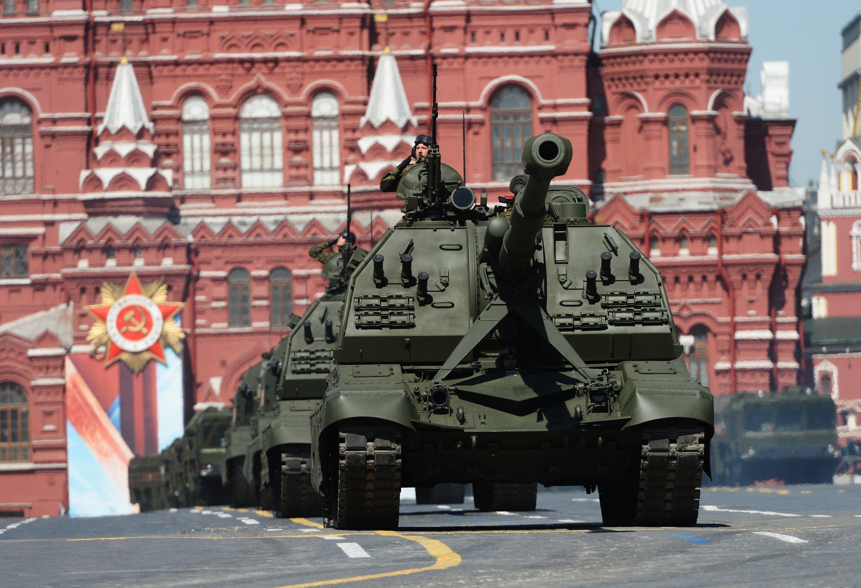 Вконце рабочей недели вечером вцентре Екатеринбурга перекроют улицы из-за репетиции парада Победы
