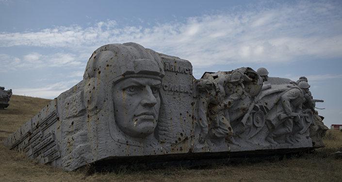 Руководитель ДНР обвинил Киев вовзрывах напути к«Саур-Могиле»