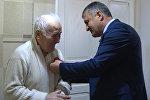 Президент награждал ветеранов