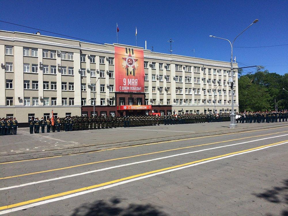В Северной Осетии 72-б годовщину Победы в Великой Отечественной Войне отметили военным парадом