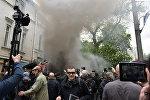 Акция протеста украинских радикалов против празднования Дня Победы