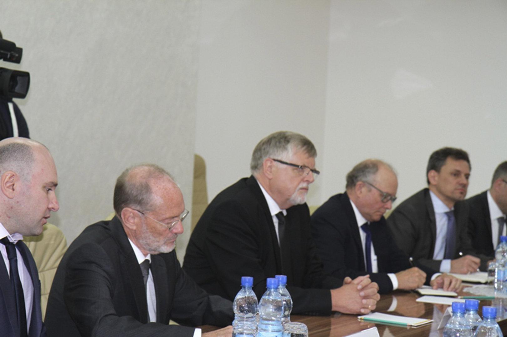 Встреча президента РЮО Анатолия Бибилова с сопредседателями Женевских дискуссий