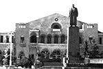 Центральная площадь Сталинира