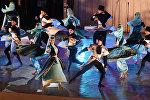 Концерт 3 ансамблей на стадионе к 25 годовщине провозглашения независимости рюо