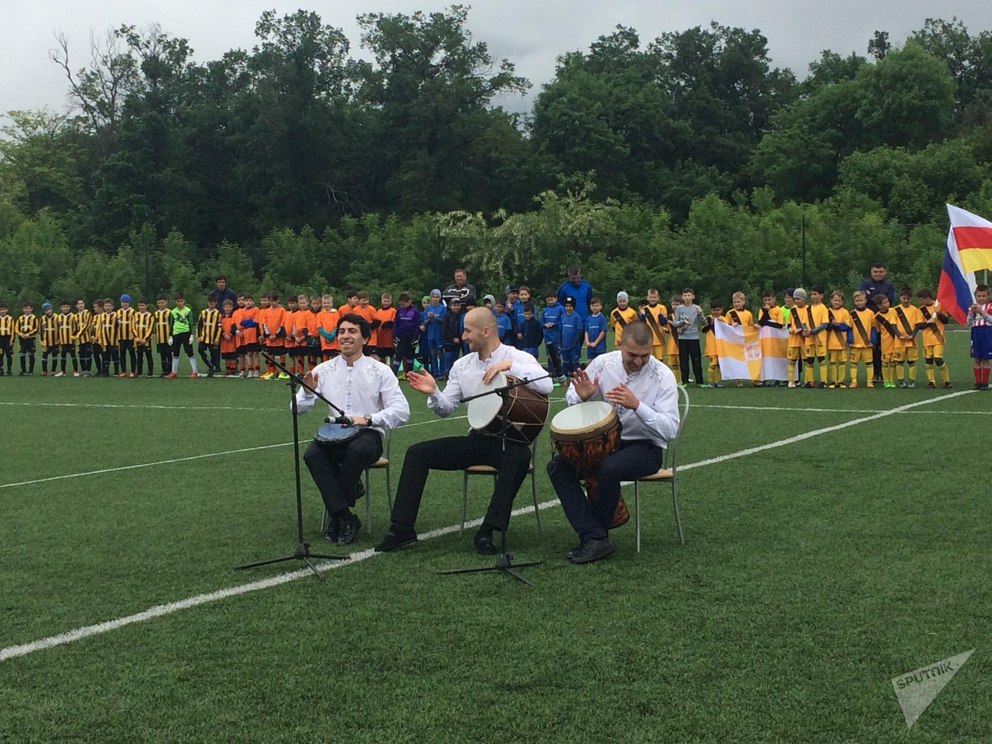 Открытие детского футбольного турнира в Беслане