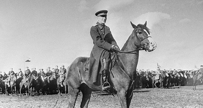 Командир гвардейцев-казаков Исса Александрович Плиев