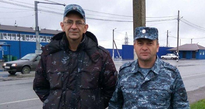 Североосетинские полицейские Т.Качмазов и А.Бекуров