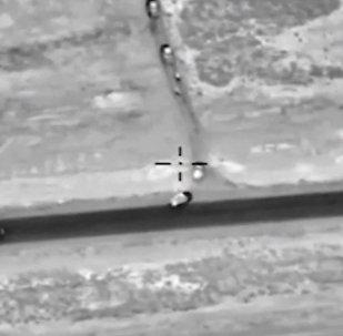 ВКС России нанесли удары по колонне боевиков в Сирии