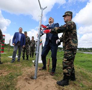 Начало строительства забора на границе Литвы и РФ