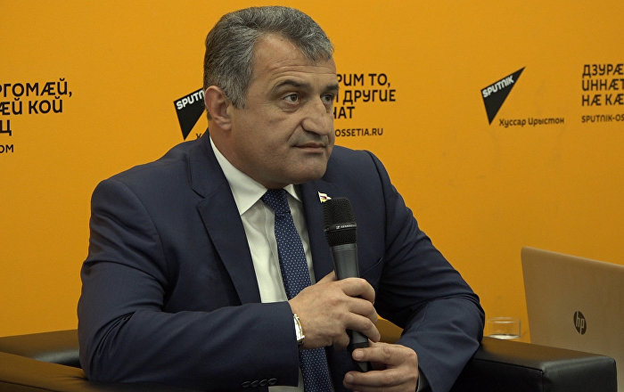 Президент Южной Осетии рассказал, что думает о Sputnik
