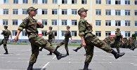 Срочники 58-армии на плацу в Северной Осетии