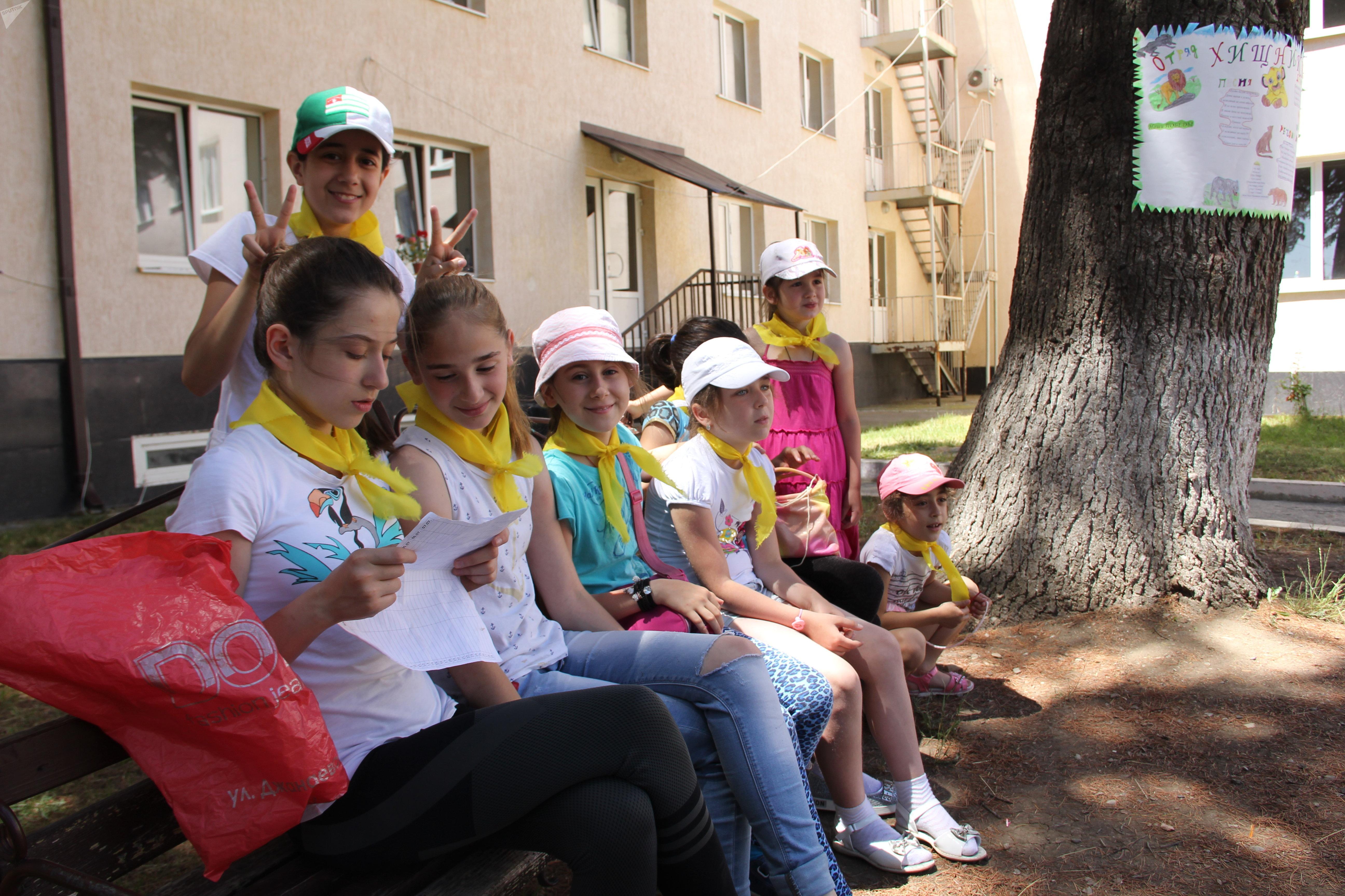 Детский лагерь в интернате