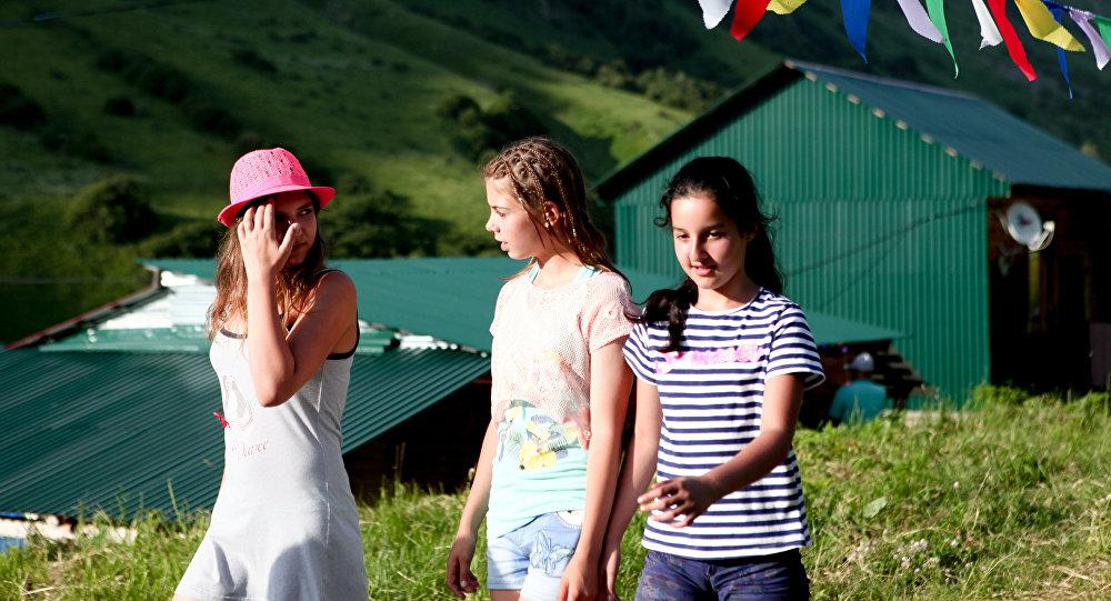 Власти Южной Осетии опровергли госпитализацию президента после ДТП