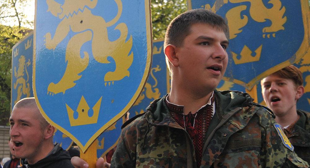 Марш в честь годовщины создания дивизии СС Галичина во Львове