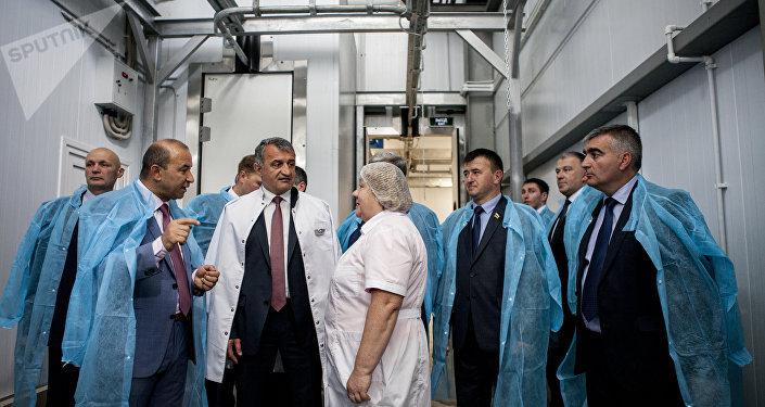 Открытие завода Растдон