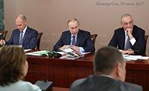 Президент РФ Владимир Путин в ходе рабочей поездки в Йошкар-Олу проводит заседание Совета при президенте РФ по межнациональным отношениям