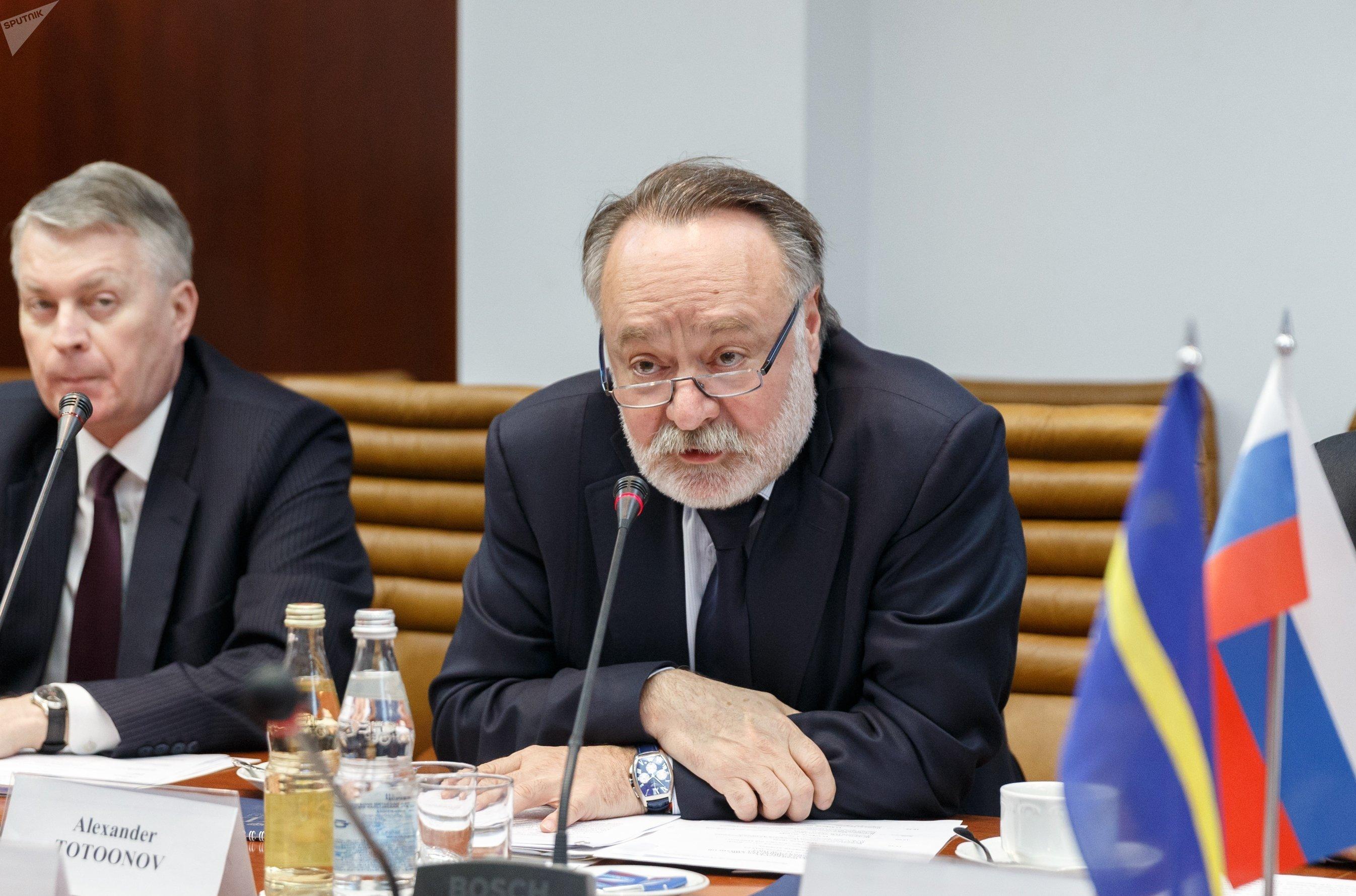 Александр Тотоонов