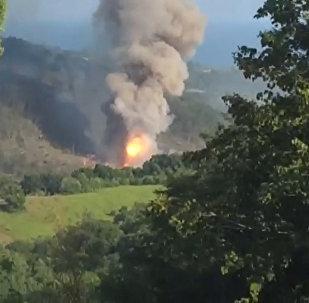 Кадры взрыва на складе боеприпасов в Абхазии