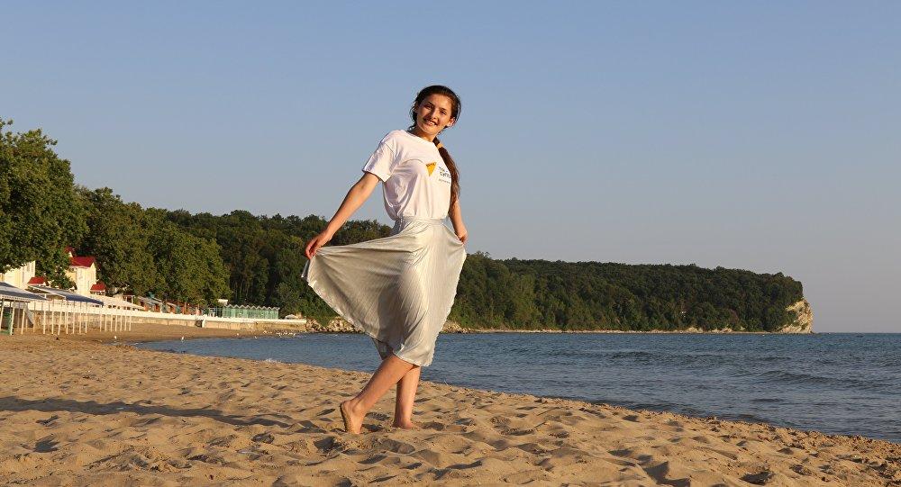 Арина Габараева в лагере Орленок