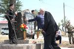 Возложение цветов к местам гибели защитников Южной Осетии