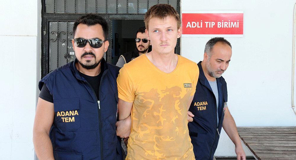 СМИ рассказали о планах задержанного в Турции россиянина