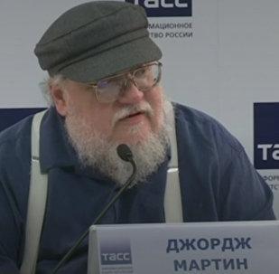 LIVE: СоздательИгры престолов Джордж Мартин в Санкт-Петербурге