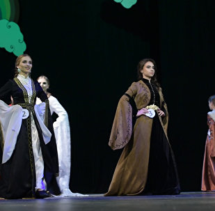 Как королевы: кому вручили 25 корон конкурса красоты в Сухуме