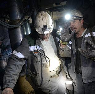 Шахтеры в шахте Сибиргинская