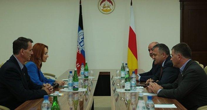 Встреча с делегацией из ДНР