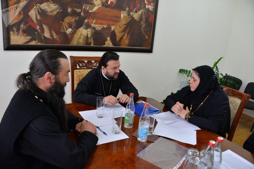 С настоятелями аланских монастырей иеромонахом Стефаном (Дзугкоевым) и игуменьей Нонной (Багаевой)