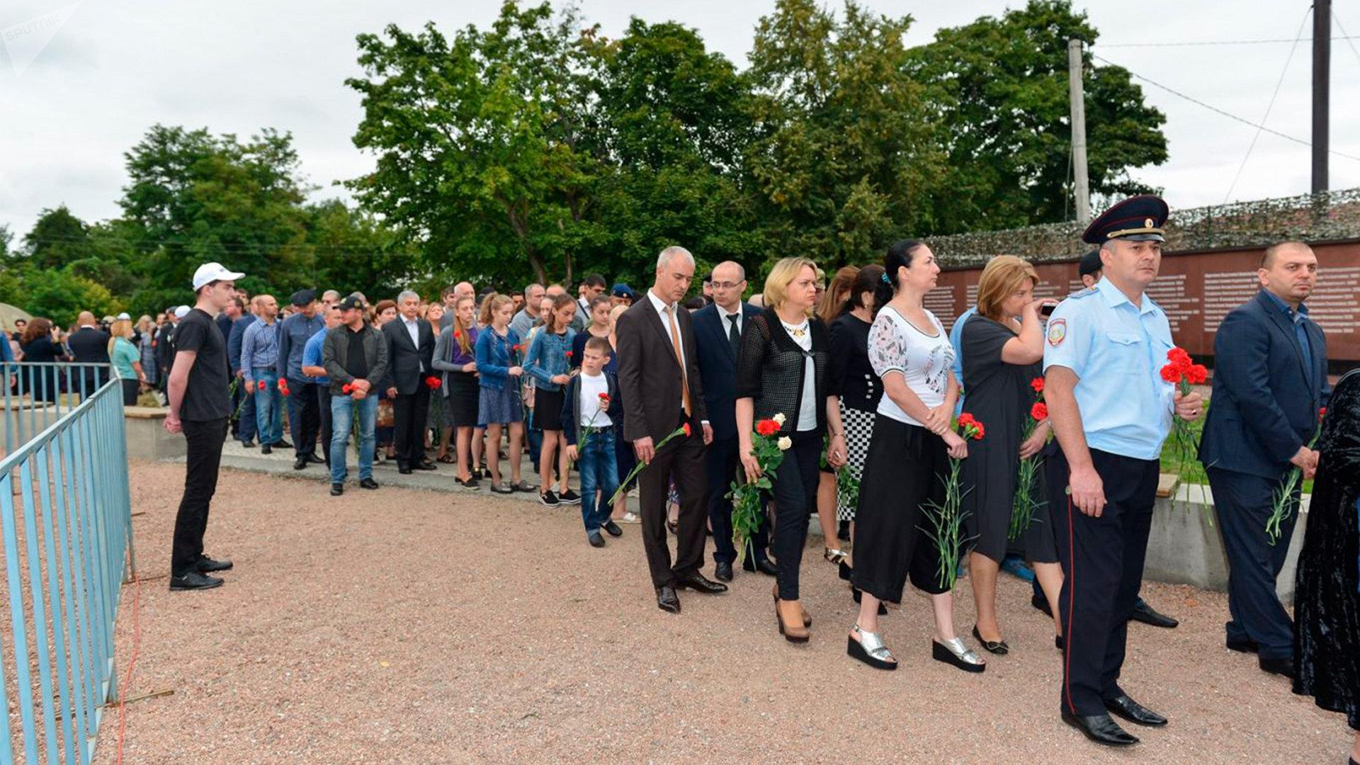 В Беслане вспоминают жертв теракта