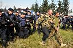 Ситуация у пункта пропуска Краковец, где собирается пересечь границу М. Саакашвили