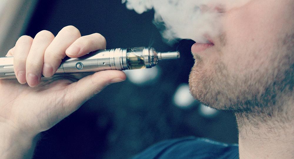 Курение вейпов вредит сердцу исосудам— медсотрудники