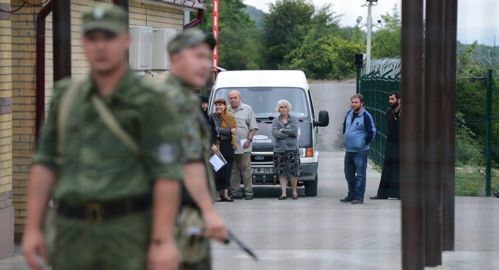 Пограничный пост упрощенного перехода границы между Южной Осетией и Грузией