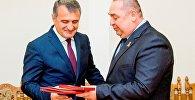 Глава ЛНР Плотницкий и спикер парламента РЮО Бибилов