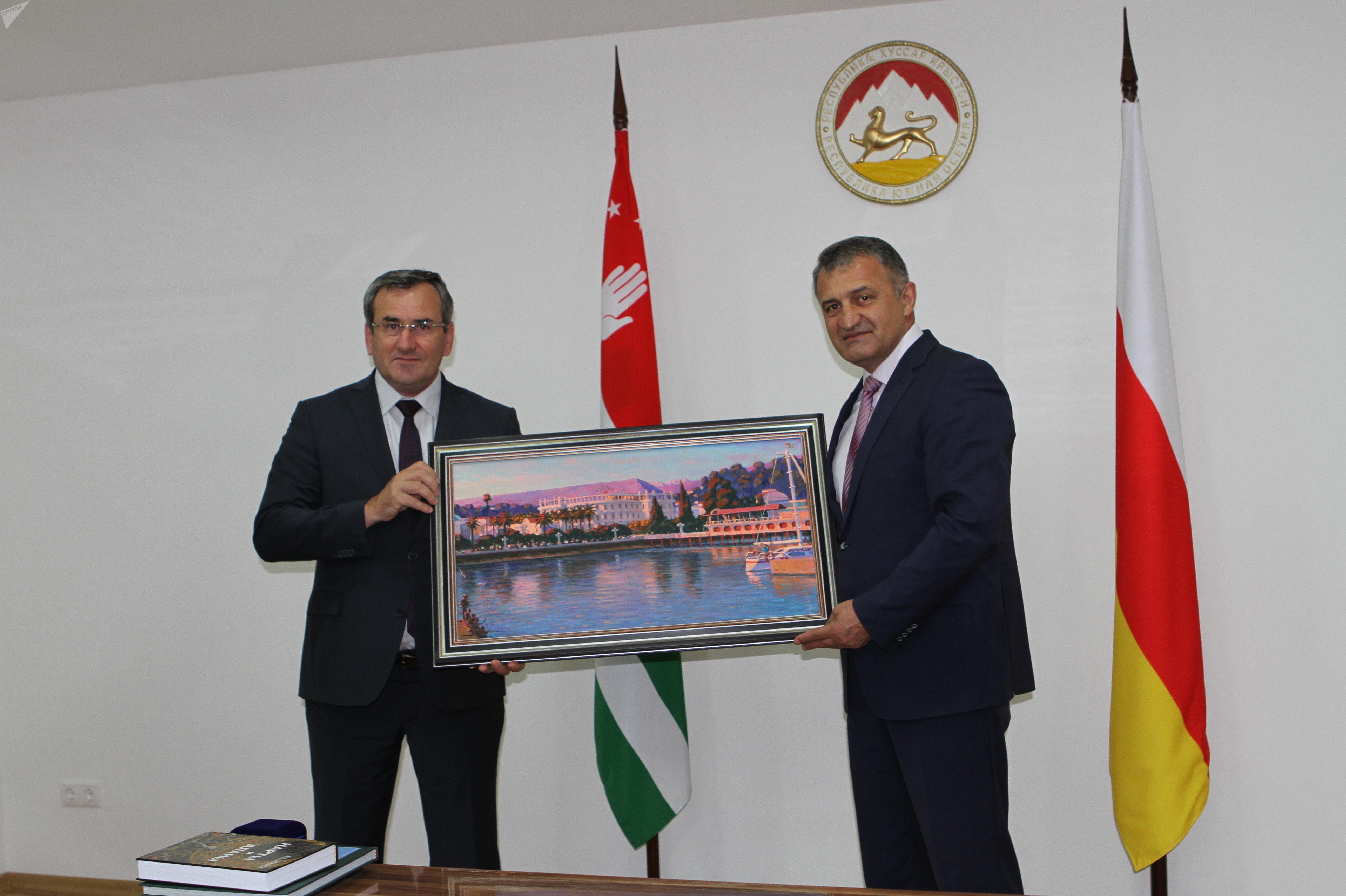 Встреча с министром образования Абхазии Адгуром Какоба