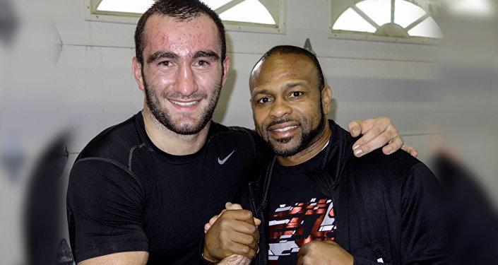 Кубинский боксер хочет провести бой с Гассиевым
