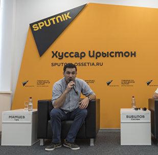 Режиссер картины IRON VANDEE Гри Мамиев и актер Сослан Бибилов