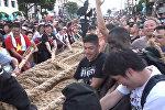 Перетягивание каната по-японски: самый большой и самый соломенный - видео