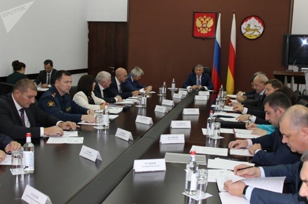 Заседание Антинаркотической комиссии под руководством главы РСО-Алания Вячеслава Битарова